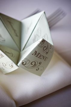 #DIY #wedding cootie catcher menus via http://su.pr/2eivOj