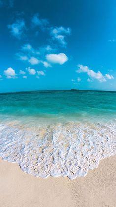 Sea iPhone wallpaper is part of Ocean wallpaper - Wallpaper Praia, Iphone Wallpaper Sea, Beach Wallpaper, Summer Wallpaper, Nature Wallpaper, Phone Wallpapers, Beach Pictures, Nature Pictures, Tumblr Photography