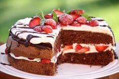 Čokoládovo-jahodová torta Pavlova, Ale, Deserts, Dessert Recipes, Food And Drink, Baking, Google, Hampers, Mascarpone