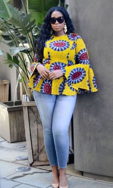 ankara mode Hello fashionistas, top of the day to you and welcome as we look at this trend that has lighted the Ankara fashion in recent years. Today we bring you Super Stylish Ankara Tops African Fashion Ankara, Latest African Fashion Dresses, African Print Dresses, African Dresses For Women, African Print Fashion, Africa Fashion, African Wear, African Attire, African Women