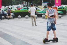 """US officials investigate 'hoverboard' safety If concern about """"hoverboard"""" safety from airlines Amazon and the UK wasn't enough the US government is getting in on the action. The Consumer Product Safety Commission is investigating reports of both fires (10 known so far) and falls (29) to determine whether or not the self-balancing transporters are safe. It'll push for voluntary standards if it finds any systemic problems but there is the possibility of regulation if the industry doesn't get…"""