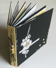 Album Photo Scrapbooking, Mini Albums Scrapbook, Travel Scrapbook, Diy Scrapbook, Diy Mini Album, Book Binding, Book Making, Stamping Up, Mini Books