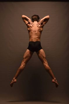Thibaut Nury - Delattre Dance Company - photo by Klaus Wegele