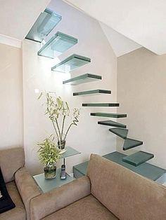 escalera trasparente