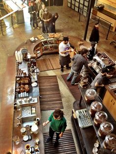 Absolutely love the layout of this bar! Bar functionality at Sightglass Coffee in SF, CA Bistro Design, Coffee Bar Design, Cafe Restaurant, Bakery Cafe, Restaurant Design, Cafe Interior Design, Cafe Design, Bar Retro, Deco Cafe
