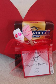 Valentine's Day Gift for Teachers {Keeping up with the Kiddos}