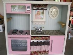 old tv/media stand to sweet play kitchen!! @Cindy Huston we must do this for Ky in a few years!