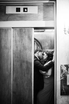 Richmond Engagement Session by IYQ Photography: Tennille + Andrew - Munaluchi Bridal Magazine