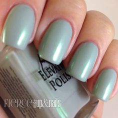 Ridnitsohkka: A gray base with a hint of green, also a green shimmer.