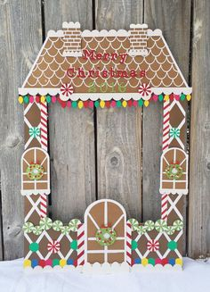 Giant Gingerbread house party frame - christmas party photo booth, kid's photo booth, with christmas lights, candy, merry christmas Christmas House Lights, Office Christmas Decorations, Noel Christmas, Christmas Gingerbread, Christmas 2019, Gingerbread House Parties, Gingerbread Decorations, Gingerbread Birthday Party, Cardboard Gingerbread House