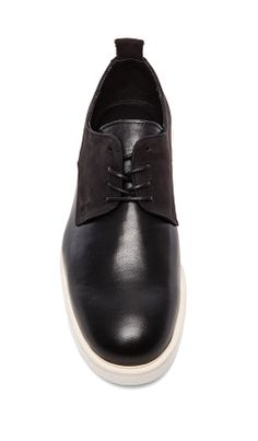 Dress Shoe in black / Public School