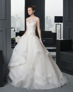 Romero novia tejido encaje pedrería y organza royal