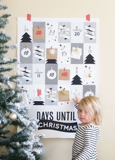 Love this creative + easy to DIY Christmas advent calendar idea.