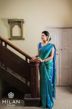 Milan offers a wide variety of Designer, Bridal & Wedding Sarees Online Kochi, Kerala, India. Saree Draping Styles, Saree Styles, Sari Dress, Saree Blouse, Sleeveless Blouse, Engagement Saree, Silk Saree Kanchipuram, Kanjivaram Sarees, Indian Silk Sarees