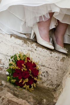 #wedding, #flowers and shoes. Photo by: Sofia Einebrant