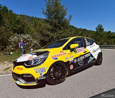 64° RALLYE SANREMO: GILARDONI VINCE LA SECONDA TAPPA DEL CLIO R3T TOP, MENTRE PARIS SVETTA NEL TWINGO R1 TOP | EVO Corse Racing Wheels #evocorsewheels #rallysanremo #sanremocorsegrawheels #yellowcar #renault #followus