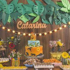 60 ideas de decoración para Fiesta cumpleaños del Rey León Baby Boy 1st Birthday Party, Jungle Theme Birthday, Dinosaur Birthday Party, First Birthday Parties, Lion King Theme, Lion King Party, Lion King Birthday, Lion King Baby Shower, Le Roi Lion