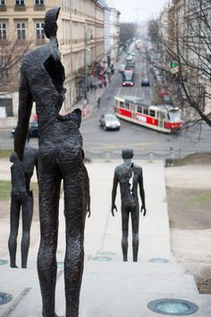 Memorial to the victims of communism, Prague  www.praguebehindthescenes.com