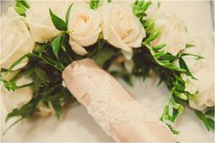 Lace accented bridal bouquet ~ Photo: Ama Photography & Cinema
