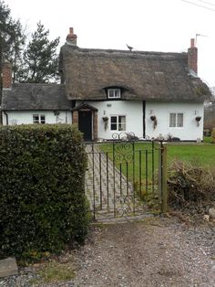 Thatched Cottage at Ladybirch Wood, Staffordshire, England (All Original Photography by vwcampervan-aldridge.tumblr.com)