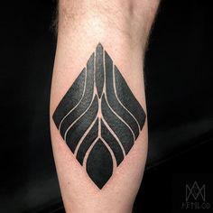 Black work diamond from my flash designs. Thank you so much Rob! Star Tattoos, Black Tattoos, New Zealand Tattoo, Flash Design, Tattoo Symbols, B Tattoo, Black Work, Symbolic Tattoos, Deathly Hallows Tattoo