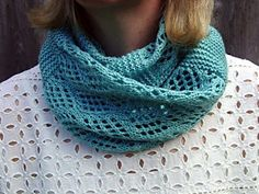 Blue Glacier incorporates the garter stitch with the Checkerboard Mesh pattern…one that I have long admired.