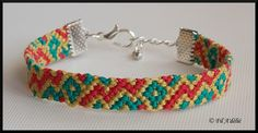 Bracelet brésilien motif zigzag et losanges aux couleurs de l'Afrique avec fermoir : http://filadelie.alittlemarket.com