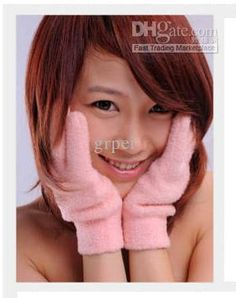 Cute Japanese girl with pink gloves. You can buy these cute pink gloves for $16.72 Mitten Gloves, Mittens, Pink Gloves, Cute Japanese Girl, Best Natural Skin Care, Cute Pink, Spa, Girls, Fingerless Mitts