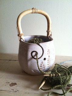 Yarn Bowl, Knitting bowl with handle, Handmade ceramic pottery. Gotta put this on my Christmas list. Pottery Bowls, Ceramic Pottery, Pottery Art, Slab Pottery, Thrown Pottery, Ceramic Clay, Ceramic Bowls, Stoneware, Yarn Organization