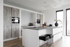 Moderne keuken - Design keuken - ATAG gaskookplaat - Siemens ovens - Quooker kokendwaterkraan - Ceramistone Concretto - MK collectie Zera