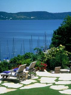 View out to Sea - Landscape Waterfront Design, Pictures, Remodel, Decor and Ideas - page 4