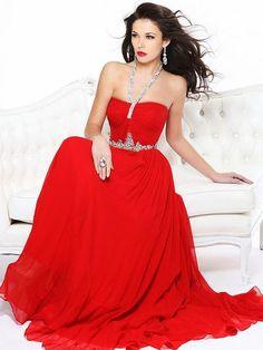 Robe de Bal: Noir ou robe de bal rouge pour un tapis rouge
