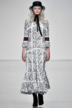 Bora Aksu Autumn/Winter 2017 Ready to Wear Collection