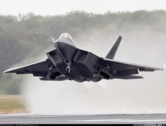 Lockheed Martin F-22A Raptor ..a shame that they are already cancelling these aircraft...