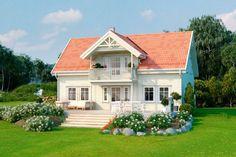 Nostalgisk klassiker i rolige omgivelser med kort vei til Hønefoss. Miss Smith, Swedish House, Cottage Homes, Home Fashion, Front Porch, Sweet Home, Shed, House Ideas, Real Estate