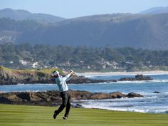 Brandt Snedeker wins at Pebble Beach with record-breaking performance