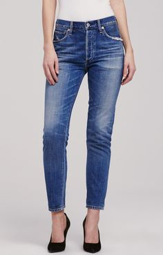 Cool and casual, our Liya Classic jeans have a high waist and straight, lean leg. Five pockets, faded dirty blue denim and fraying along the pockets give them a reliable, worn-in quality. The selvedge fabric has special detailing when the pants are cuffed. Roll up the cuffs and pair with loafers and short sleeves for a tomboyish 1950s look.