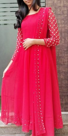 Fancy Dress Design, Fancy Blouse Designs, Stylish Dress Designs, Frock Design, Stylish Dresses, Simple Dresses, Churidar Designs, Choli Designs, Kurta Designs Women