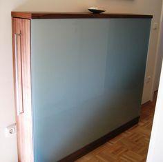 #Sideboard in #Nußbaum kombiniert mit #Glas