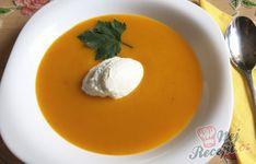 Krémová polévka z dýně Hokaido | NejRecept.cz Thai Red Curry, Eggs, Breakfast, Ethnic Recipes, Hokkaido, Morning Coffee, Egg, Egg As Food
