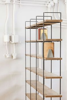 Bookcase with metal uprights and wooden shelves. Steel Furniture, Industrial Furniture, Home Furniture, Furniture Design, Bookcase Shelves, Metal Shelves, Muebles Home, Drawing Furniture, Japanese Furniture