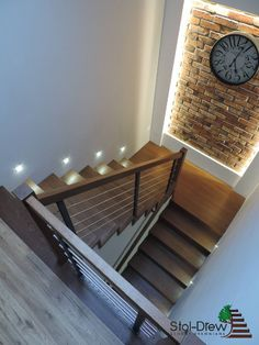 Schody na Beton 63 Stair Railing Design, Home Stairs Design, Stair Decor, Bungalow House Design, House Front Design, Interior Stairs, Home Room Design, Small House Design, Dream Home Design