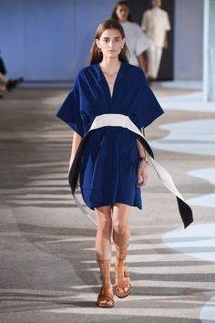Cedric Charlier | Ready-to-Wear - Spring 2016 | Look 5
