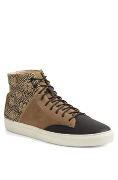 Yep. Thorocraft Sneaker.