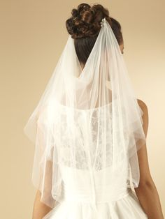 Elegant Soft Tulle Draped Bridal Veil That Falls To The Waist This Piece Comes Attached 2 Mini Combs Embellished With Diamante Crystals And