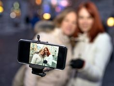 Here comes the selfie stick's upgrade cycle.