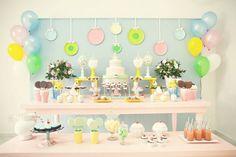 Festa infantil tema Confeitaria | Macetes de Mãe Festa Party, Cupcake, Party Themes, Party Ideas, Birthdays, Baby Shower, Candy, Kids, Shower Ideas