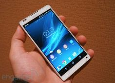 Sony Xperia ZL hands-on: an alternate 5-inch 1080p, quad-core take on 'premium'