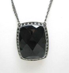 BIG-BLACK-FACETED-GLASS-GEM-Pendant-NECKLACE-Vintage-Rhinestones-Gunmetal-Gray