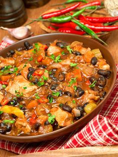 Slow Cooker Recipes, Meat Recipes, Healthy Recipes, Vegan Gains, Chowder Soup, Pork Stew, Fagioli, Italian Recipes, Food And Drink